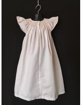 Chemise de nuit smocks longue manches volantes tissu en coton blanc