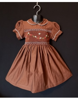 Robe smocks manches ballons col Claudine en coton marron
