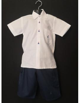 Ensemble chemise en coton blanc et bermuda bleu marine