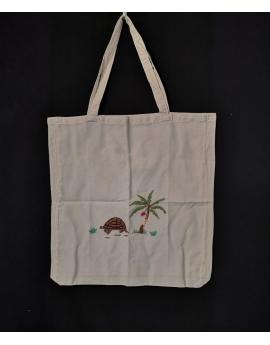 Sac tote bag en coton brodé de tortue cocotier fait main