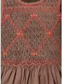 Robe smocks sans manches en coton gris foncé à pois rouge